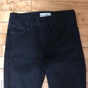 Gap True Skinny Jeans 26R
